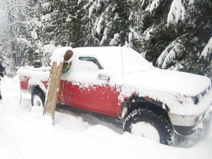 Snowfall accumulation after camping overnight at Halfway Hotsprings December 2012. The 4x4's made it up to the springs.